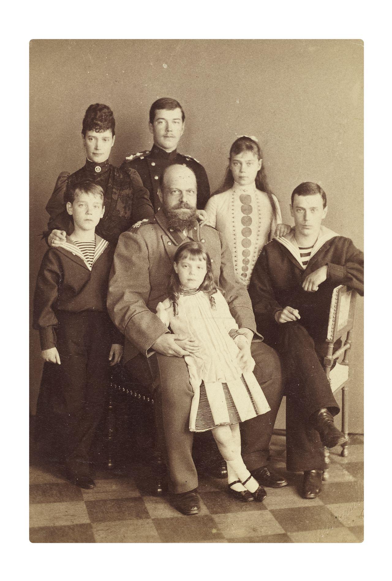 Александр 3 его дети фото